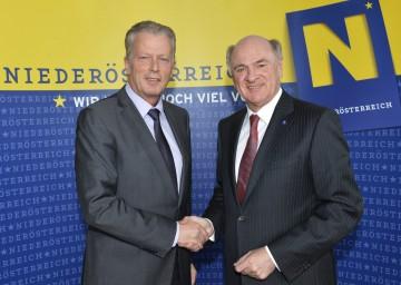 Landeshauptmann Dr. Erwin Pröll mit Wirtschaftsminister Dr. Reinhold Mitterlehner.