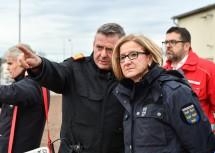 Landeshauptfrau Johanna Mikl-Leitner mit Landesfeuerwehrkommandant Dietmar Fahrafellner.