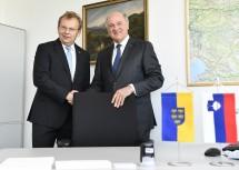 Eröffnung des Honorarkonsulats in St. Pölten durch Botschafter Dr. Andrej Rahten und Landeshauptmann a. D. Dr. Erwin Pröll.