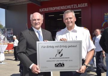 Landeshauptmann Dr. Erwin Pröll und Landesfeuerwehrkommandant Dietmar Fahrafellner.