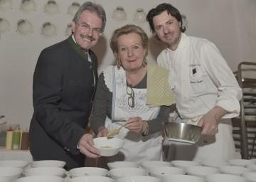Bei der Eröffnung des Wachauer Gourmet Feistval: Landesrat Mag. Karl Wilfing, Lisl Wagner-Bacher und Thomas Dorfer. (v.l.n.r.