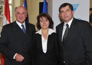 Landeshauptmann Dr. Erwin Pröll, Dr. Andrea Dungl-Zauner und Dr. Ernst Wastler, VAMED präsentierten die neue Gesundheitsdestination Gars am Kamp.