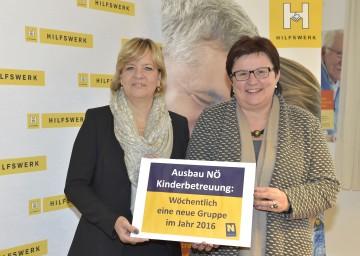 Über den Ausbau der Kinderbetreuung in Niederösterreich freuen sich Bildungs- und Familien-Landesrätin Mag. Barbara Schwarz und LAbg. Michaela Hinterholzer, Präsidentin des NÖ Hilfswerks. (v.l.n.r.)