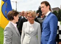 Landeshauptfrau Johanna Mikl-Leitner im Gespräch mit Ana Brnabić, (Premierministerin der Republik Serbien) und Bundeskanzler Sebastian Kurz.