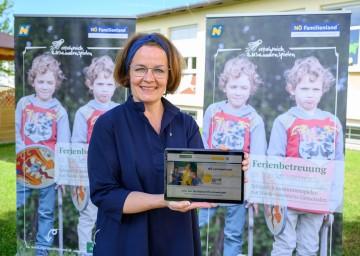 """Familien-Landesrätin Christiane Teschl-Hofmeister zieht Bilanz über """"Die Digitale NÖ Lernwerkstatt"""""""