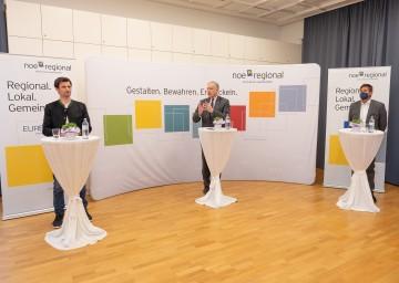Sprachen über die Entwicklung im Weinviertel (von links): Regionalverbands-Obmann Rene Lobner, Landesrat Martin Eichtinger und NÖ.Regional Geschäftsführer Walter Kirchler