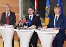 Bei der Pressekonferenz: Budgetdirektor Rudolf Stöckelmayer, Finanz-Landesrat Ludwig Schleritzko und Finanzdirektor Reinhard Meissl (v.l.n.r.)