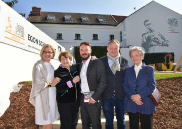 Neueröffnung des Egon Schiele Museums in Tulln: Landeshauptfrau Johanna Mikl-Leitner, Alessandra Comini, Matthias Pacher, Christian Bauer und Elisabeth Leopold (von links nach rechts).