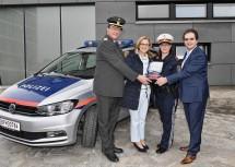 Großartige Zusammenarbeit: Rotkreuz-Präsident Josef Schmoll, Landeshauptfrau Johanna Mikl-Leitner, Polizistin Eva Gasteyer-Birsak und OMV Austria-Geschäftsführer Reinhard J. Oswald (v.l.n.r.)