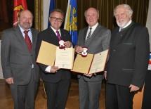 Von links nach rechts: ÖJAB-Präsident Wilhelm Perkowitsch, Landeshauptmann Hans Niessl, Landeshauptmann Dr. Erwin Pröll und Ehrenpräsident Eduard Schüssler.