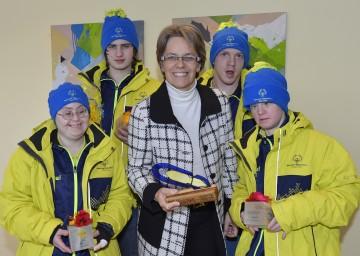 Verabschiedung der NÖ Teilnehmer der Special Olympics World Winter Games 2013: Agnes Hofegger, Peter Mörtl, LR Dr. Petra Bohuslav, Michael Glinserer, Verena Burger (v.l.n.r.).