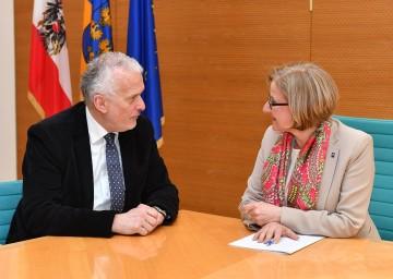 Arbeitsgespräch von Landeshauptfrau Johanna Mikl-Leitner mit Justizminister Josef Moser.