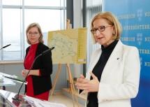 """Stellten das """"Mobilitätspaket nördliches NÖ"""" in der Pressekonferenz vor: Landeshauptfrau Johanna Mikl-Leitner (re.) und Bundesministerin Leonore Gewessler."""