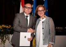 Landeshauptfrau Johanna Mikl-Leitner wünschte dem neuen Bezirkshauptmann von Hollabrunn Andreas Strobl alles Gute für seine neue Aufgabe.