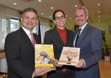 Im Bild von links nach rechts: Landesrat Ing. Maurice Androsch, Geschäftsführerin Ursula Hörhan, Landesrat Mag. Karl Wilfing