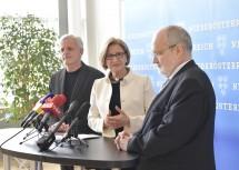 Bei der Pressekonferenz: Primar Friedrich Riffer, Landeshauptfrau Johanna Mikl-Leitner, Rektor Rudolf Mallinger (v. l. n. r.)