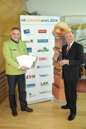 Landeshauptmann Dr. Erwin Pröll und Geschäftsführer Dr. Christian Milota: Einreichfrist für NÖ Zukunftspreis 2014 gestartet.