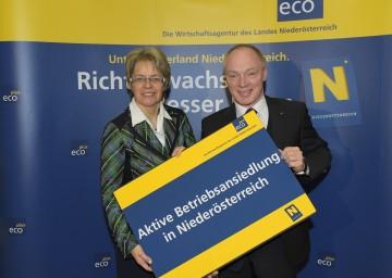 Landesrätin Dr. Petra Bohuslav und ecoplus-Geschäftsführer Mag. Helmut Miernicki informierten über Betriebsansiedlungen in Niederösterreich.