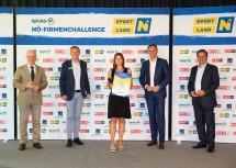 Sieger Großunternehmen v.l.: Helmut Miernicki (ecoplus-Geschäftsführer), Franz Pichler (spusu-Geschäftsführer), Nicole Trappl (LVA Niederösterreich), Sportlandesrat Jochen Danninger, Wolfgang Ecker (WKNÖ-Präsident)