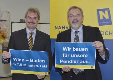 LR Karl Wilfing (links) und Niederösterreichs Verkehrsplaner Friedrich Zibuschka präsentierten in St. Pölten die Neuerungen im Bereich der Badner Bahn.