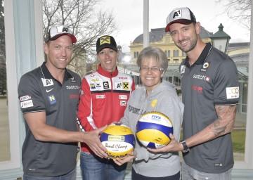 Im Bild von links nach rechts: Alexander Horst, Stefanie Schwaiger, Landesrätin Dr. Petra Bohuslav und Clemens Doppler