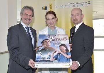Mission Turnus: Landesrat Mag. Karl Wilfing, Turnusärztin Dr. Theresa Roiser und  Dr. Thomas Gamsjäger, MSc, Vorsitzender der Ärztlichen Direktoren in Niederösterreich. (v.l.n.r.)