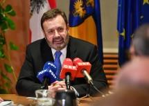 Landtagspräsident Ing. Hans Penz informiert über die Landtagswahl am 28. Jänner 2018.