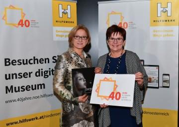 40 Jahre Hilfswerk Niederösterreich: Landeshauptfrau Johanna Mikl-Leitner und Präsidentin Michaela Hinterholzer (v.l.n.r.)