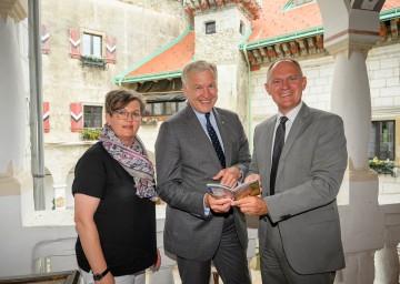 v.l.n.r. Geschäftsführerin NÖ.Regional Christine Schneider, EU-Landesrat Martin Eichtinger und 2. Landtagspräsident Bgm. Gerhard Karner