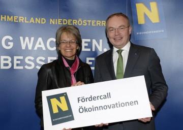 Wirtschafts-Landesrätin Dr. Petra Bohuslav und Umwelt-Landesrat Dr. Stephan Pernkopf präsentierten neues Förderprogramm mit Schwerpunkt Ökoinnovationen.