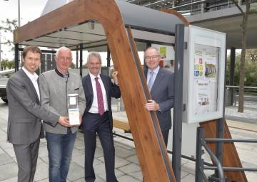 VCÖ-Sprecher Christian Gratzer, Bürgermeister Franz Heisler aus Pöchlarn, Landesrat Karl Wilfing und LH-Stellvertreter Stephan Pernkopf