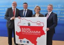 Im Bild: ÖBB-Vorstandsvorsitzender Andreas Matthä, Bundesminister Jörg Leichtfried, Landeshauptfrau Johanna Mikl-Leitner und Landesrat Karl Wilfing (v. l. n. r.).