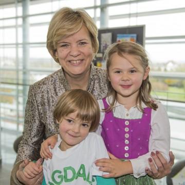 Bildtext: Familienlandesrätin Barbara Schwarz zeigt sich erfreut über die aktuellen Zahlen der Kindertagesheimstatistik für Niederösterreich
