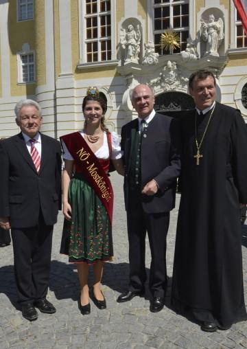 Ausstellungseröffnung im Stift Seitenstetten mit Landeshauptmann Dr. Erwin Pröll und Landeshauptmann Dr. Josef Pühringer