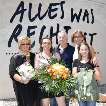 Besucherehrung in Pöggstall: Bürgermeisterin Margit Straßhofer, Ulrike und Anton Koppensteiner, Landeshauptfrau Johanna Mikl-Leitner und Johanna Koppensteiner (v.l.n.r.)