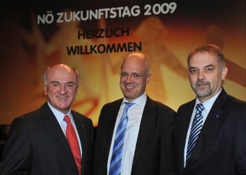 Landeshauptmann Dr. Erwin Pröll, Univ.Prof. Dr. Wolfgang Mazal, Geschäftsführer der Landesakademie Dr. Christian Milota beim NÖ Zukunftstag 2009.