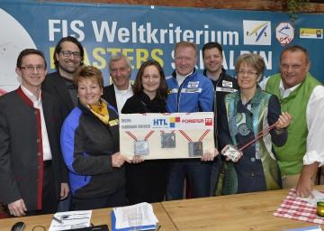 Masters WM 2014 präsentiert: Landesrätin Dr. Petra Bohuslav im Kreis der Organisatoren der Veranstaltung.