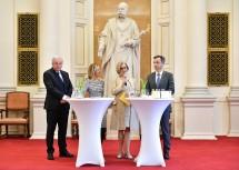 Interviewrunde im Zuge des Festaktes mit dem steirischen Landeshauptmann Hermann Schützenhöfer, Moderatorin Bettina Zajac, Landeshauptfrau Johanna Mikl-Leitner und dem Grazer Bürgermeister Siegfried Nagl (v. l. n. r.).