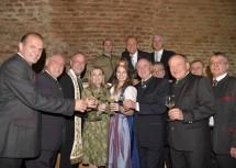 Landesweintaufe im Schloss Jedenspeigen mit zahlreichen Ehrengästen