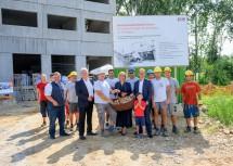 Baustellenbegehung beim Biomasseheizkraftwerk in Krems.