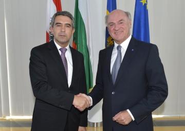 Landeshauptmann Dr. Erwin Pröll empfing am heutigen Montag, 17. September, den bulgarischen Staatspräsidenten Rosen Plevneliev zu einem Arbeitsgespräch in St. Pölten.
