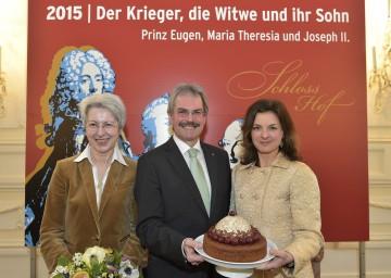 Im Bild von links nach rechts: Mag. Elisabeth Udolf-Strobl (Sektionschefin BMWFW), Landesrat Mag. Karl Wilfing (NÖ), Mag. Barbara Goess (Geschäftsführerin Schloss Hof)