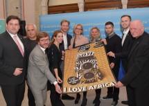 """Große Freude darüber, dass das """"Festival La Gacilly Photo"""" kommendes Jahr in Baden gastiert - das Motto lautet """"I love Africa""""."""