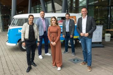 Sport-Landesrat Jochen Danninger, Franz Stocher, Funda Celo, Toni Pfeffer und Michi Dorfmeister (v.r.n.l.)