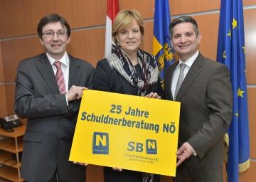 Im Bild von links nach rechts: Geschäftsführer Michael Lackenberger, Landesrätin Mag. Barbara Schwarz und Landesrat Ing. Maurice Androsch.