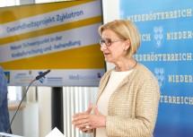 """Sprach von einem """"Meilenstein in der Diagnostik und Therapie von schweren Erkrankungen"""": Landeshauptfrau Johanna Mikl-Leitner"""