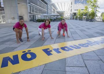 Frauen-Landesrätin Christiane Teschl-Hofmeister (Mitte) freut sich auf 15-jähriges Jubiläum des NÖ Frauenlaufs
