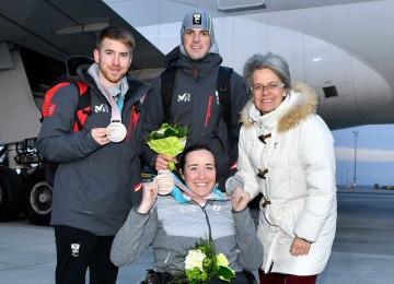 Sportlandesrätin Petra Bohuslav gratulierte dem Trio Claudia Lösch, Martin Würz und Patrick Mayrhofer (links) zu ihren Leistungen in Süd-Korea.