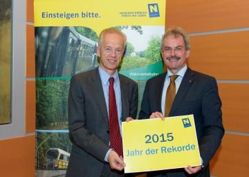 Landesrat Mag. Karl Wilfing und NÖVOG-Geschäftsführer Dr. Gerhard Stindl (von rechts nach links) präsentierten eine äußerst erfolgreiche Sommersaison-Bilanz der NÖVOG.