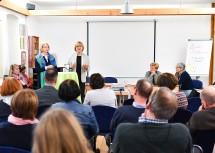 Sozial-Landesrätin Barbara Schwarz dankte den haupt- und ehrenamtlichen Mitarbeitern des Landesverbandes Hospiz NÖ für ihre Arbeit.